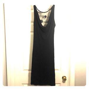 Woman's lily dress size medium